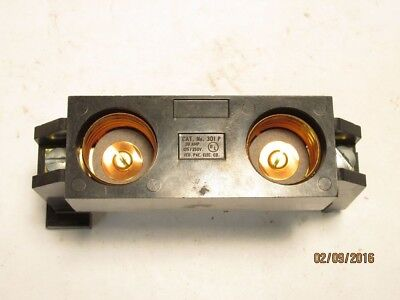 Federal Pacific 2 Screw-In Fuse Holder 125/250 Volt 30 Amp 301P Plug-in