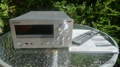 Okkyo  CR-555  DAB  CD    Receiver Digitaleingang 2  mal  25  Watt  ohne Boxen