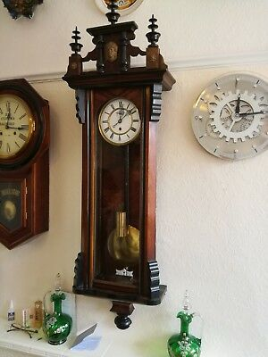 SINGLE WEIGHT VIENNA WALL CLOCK. BEAUTIFUL LOOKING CLOCK.Good workin