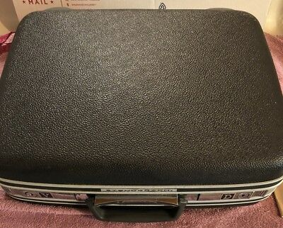 VINTAGE STENOGRAPH MACHINE REPORTER MODEL WITH Samsonite CASE MADE IN THE USA