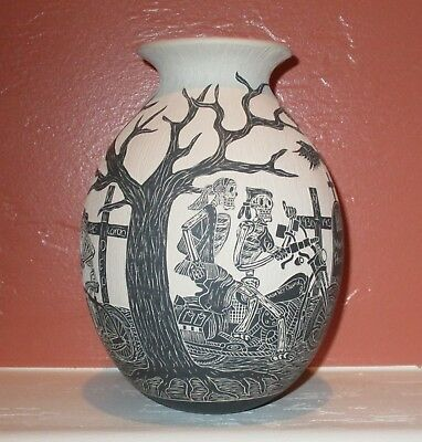 Mata Ortiz Day Of The Dead Pottery Harley Davidson Adrian Corona Trillo