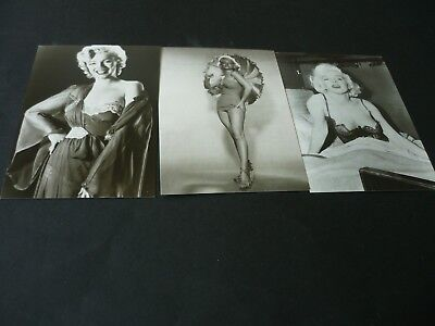 3 different Marilyn Monroe postcards, Gallery Card 4422, 4425, 4426