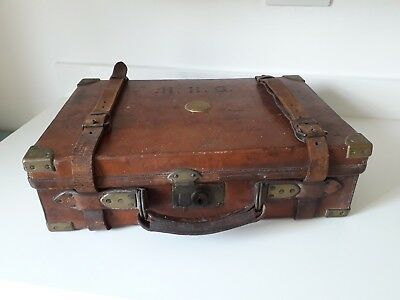 HOLLAND & HOLLAND Antique Leather,Oak and Brass English Cartridge Case Magazine