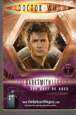 + DOCTOR WHO Paperback DARKSMITH LEGACY 1 The Dust of Ages (David Tennant) engl.