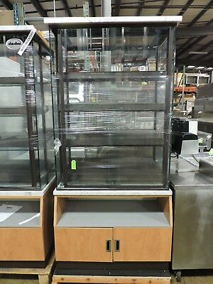Commercial Pastry Bakery Display Case