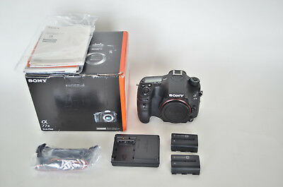 Sony Alpha a77 II 24.3MP DSLR with two batteries, box and charger, see photos
