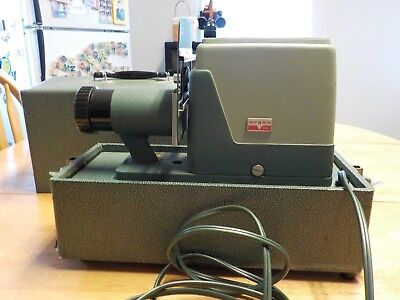 Vintage Argus 300 Slide Projector with Case Working w/Bulb 1960's Made in USA
