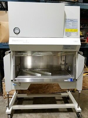 The Baker Company - Sg403ats SterilGard III Advance Hood Biosafety Cabinet