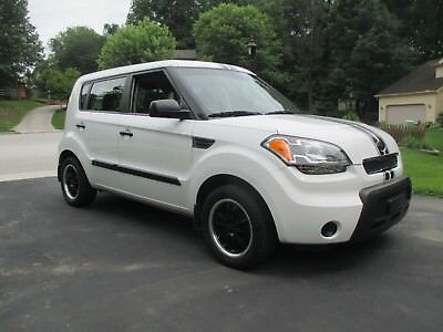 2011 Kia Soul Base 2011 Kia Soul - | One Owner | Great Condition | Sport Package | No Accidents |