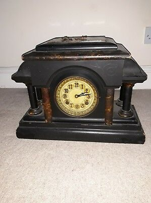 New Haven Clock Co USA-Vintage Wood  Clock