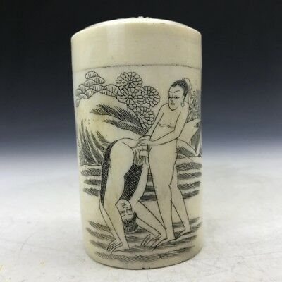 Ancient bone carved toothpick box man & woman painted pattern.  b180