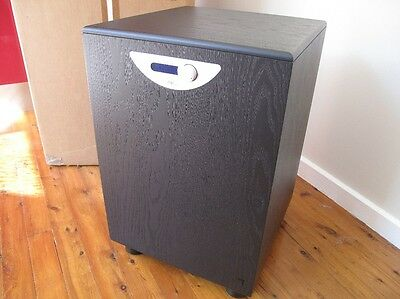 REL Storm 5 Subwoofer hardly used in lovely condition original box remote manual