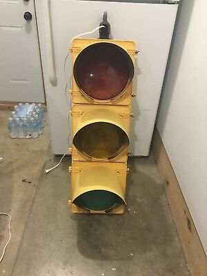 """Nice Real Traffic Signal Light Red, Yellow, Green 12"""" Wired Ready LED W/ Hanger"""