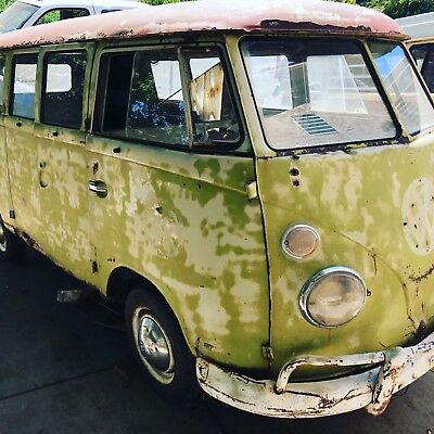 1963 Volkswagen Bus/Vanagon  1963 vw bus