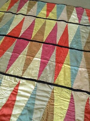 FAB 30s (?) VINTAGE GREENLEAF SILKY SEGMENTED PATCHWORK BED COVER / QUILT