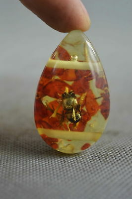 Collectable Handwork Amber Inner Inlay Bees & Petals Auspicious Fashion Pendant