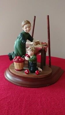 Amish Heritage Collection, Mother's Little Helpers, Rachael and Daniel, Limited
