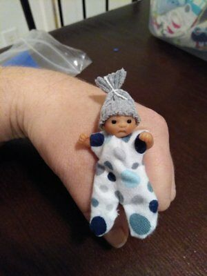 1:12 scale OOAK polymer clay full-sculpt posable dollhouse baby with many extras