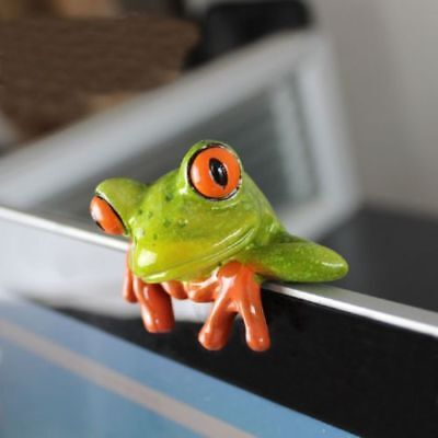 Resin 3D Crafts Frog Figurines for Office Desk Computer Decoration