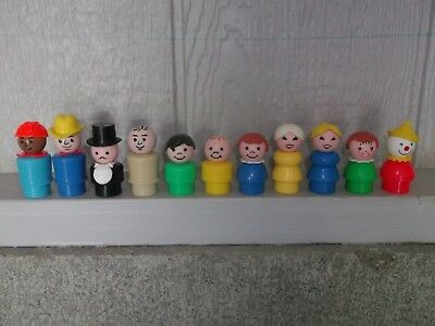 LOT of 11 Vintage Fisher Price Little People ~❤️~ Nice Assortment...TAKE A LQQK!