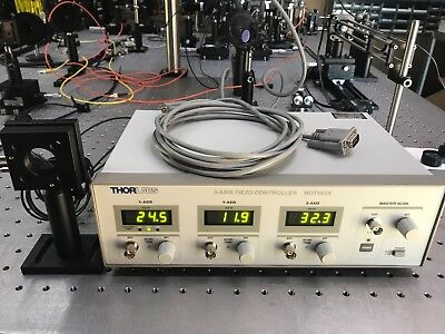 Thorlabs MDT693A Open-Loop 3 channel Piezoelectric Controller and KC1-T-PZ mount