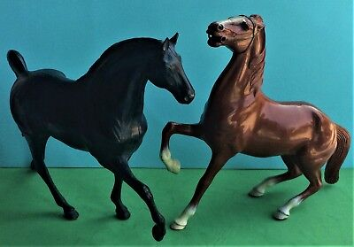 """Two Hartland Horses – Brown & White from Cheyenne and Black Mustang 9"""""""