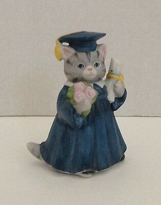 SCHMID Kitty Cucumber Graduation Graduate 331-110 Shackman 1987 Figure Figurine