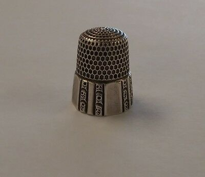 Vintage Sterling Silver Detailed Pattern Sewing Thimble 8
