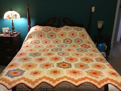 100 Year Old Quilt Antique Hexagon 80x86 Grandmothers Flower Garden Holland
