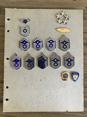 Lot of Misc Vintage US Military Pins & Buttons