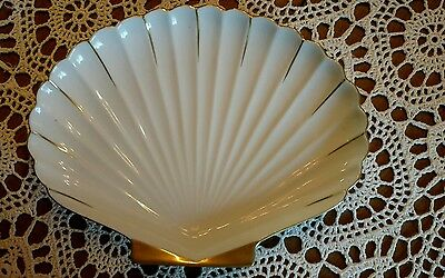 Andrea by sadek gold rimmed scallop shell plate 9 inches