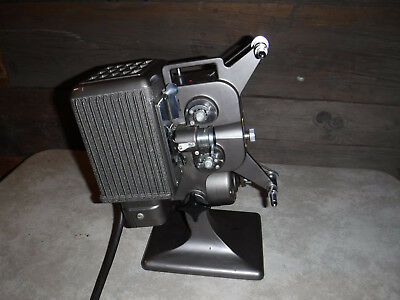 Kodascope Eight Model 70 Film Projector 8Mm & Case Made In Usa Nice L@@k