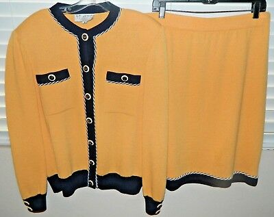 St. John Collection By Marie Gray 2 Pc Suit Size M &14