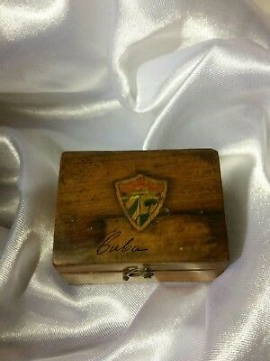 Appears to be jewlery  Vintage Cuban Box