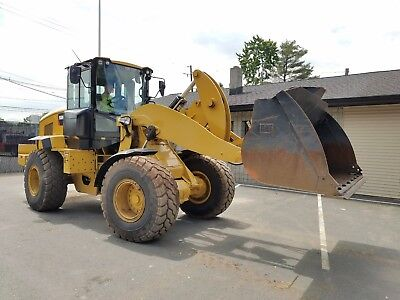 2015 CATERPILLAR Cat 938M Wheel Loader with Bucket only 1943 Hours