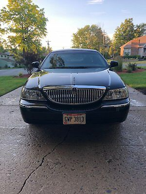 2005 Lincoln Town Car Signature 2005 Lincoln Town Car