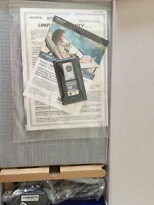 """Sony DPF-D1010 10.2"""" Digital Picture Frame"""
