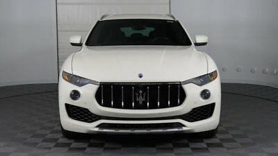 Maserati Levante S 3.0L 2017 Maserati Levante S, White/Black, Loaded, Low Miles, Local AZ Car