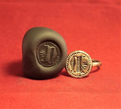 """Medieval Knight's Silver Seal Ring - """"N"""" Character Seal, 12. Century"""