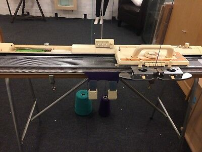 Brother KH 840 Knitting Machine