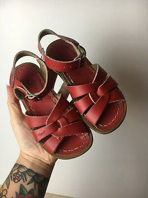 Toddler Saltwater Sandals Size 10