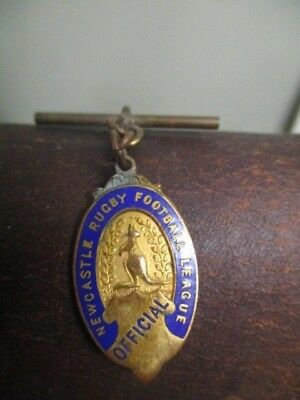 Rare Vintage  Newcastle Rugby Football League Official  Badge/medal