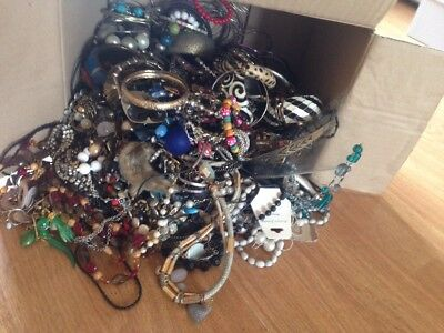 Huge Massive Job Lot of Vintage Mixed Costume Jewellery Weighing Over 6kg