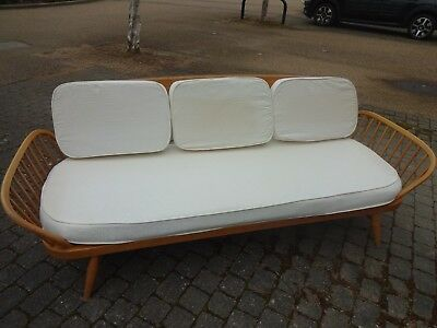 Original vintage Ercol Daybed Sofa Couch complete with backboard in blonde beech
