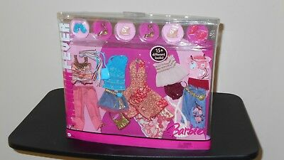 FASHION FEVER Barbie Doll Fashion Clothes Closet, 15+ Looks, 2005, #J0853, NEW