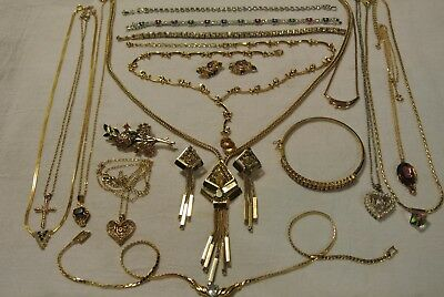 Large Lot Of Vintage To Now Goldtone & Silvertone Jewelry 925 Sterlin Rhinestone