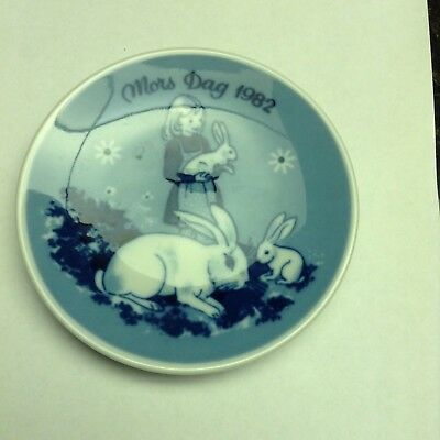 Porsgrunds Norway Mothers Day plate 1982