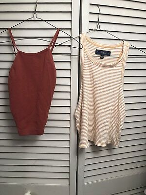 a0112c0c17d Lot Of Two Women s Halter Shirts Tops Aeropostale Stretch M   L summer crop