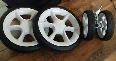 New Quinny Moodd Full Set Of Wheels Front & Rear In White Limited ex display