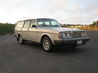 """1984 Volvo 240 GL """"The Flying Fortress"""""""